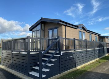 Thumbnail 2 bed property for sale in Hampstead Lane, Yalding, Maidstone