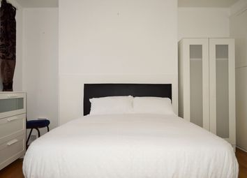 Thumbnail Room to rent in Bruce Road, Bromley By Bow, Bow, East London