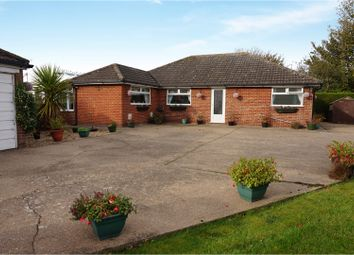 Thumbnail 2 bed detached bungalow for sale in Littlefield Lane, Marshchapel, Grimsby