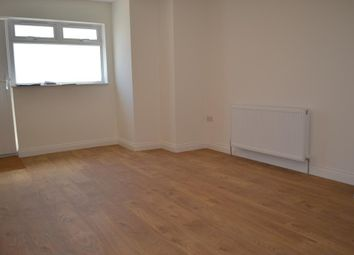 Thumbnail 3 bed flat to rent in Durnsford Road, Southfields, Greater London