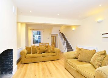 3 bed terraced house to rent in Chatham Street, Elephant And Castle, London SE17