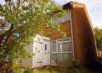 Thumbnail 2 bed maisonette to rent in Rowle Close, Stantonbury, Milton Keynes