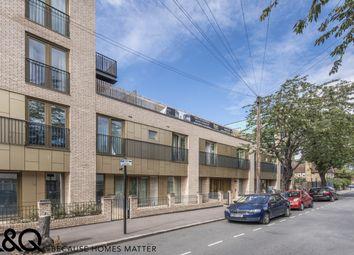 Berwick Road, London E16. 1 bed flat