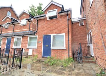 1 bed terraced house to rent in Argyle Street, Reading, Berkshire RG1