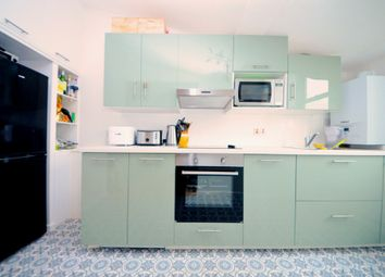 Thumbnail 1 bed flat to rent in Clifford Drive, Brixton