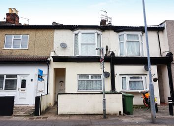 Thumbnail 2 bedroom flat for sale in New Road, Portsmouth