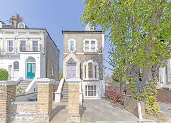 3 bed flat for sale in Penn Road, London N7