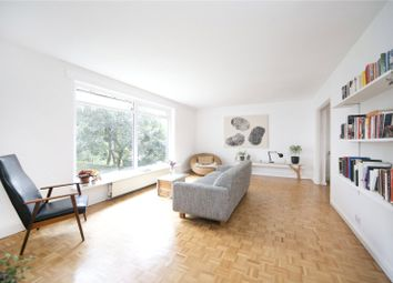 Thumbnail 3 bedroom flat for sale in Skipworth Road, South Hackney
