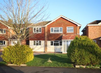 Thumbnail 4 bed detached house to rent in Mayfield Avenue, Grove, Wantage
