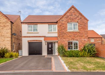 Thumbnail 4 bed detached house for sale in Kingfisher Way, Newark