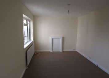 Thumbnail 2 bed flat to rent in High Street, Whitton