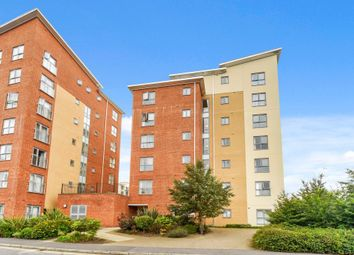 Thumbnail 2 bed flat for sale in Moulsford Mews, Reading