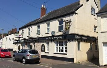 Thumbnail Commercial property for sale in Flying Horse, 8 Dryden Road, Exeter, Devon
