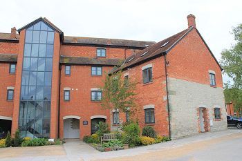 Thumbnail 2 bed flat to rent in The Walton Building, North Street, Mere