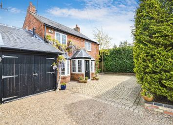 4 bed property for sale in Brook Street, Aston Clinton, Aylesbury HP22