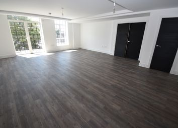 Thumbnail 3 bed flat to rent in Chandos Way, Hampstead Garden Suburb