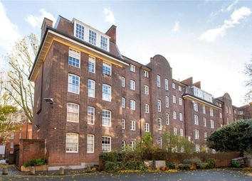 Thumbnail 2 bed flat for sale in Wargrave House, Navarre Street, London