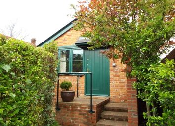 Thumbnail 1 bed flat to rent in New Road, Timsbury, Romsey