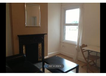 Thumbnail 1 bed flat to rent in Victoria Road, New Barnet