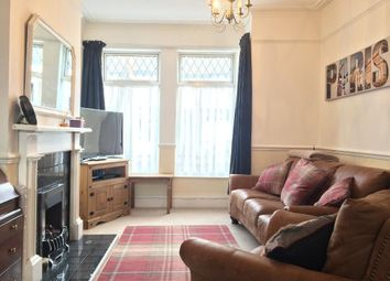 Thumbnail 3 bedroom terraced house for sale in Chanterlands Avenue, Hull