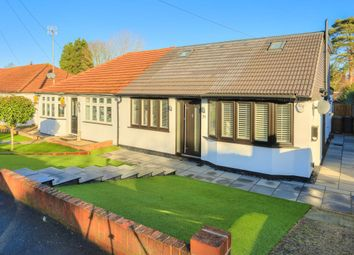 Thumbnail 4 bedroom bungalow to rent in Driftwood Avenue, Chiswell Green, St.Albans