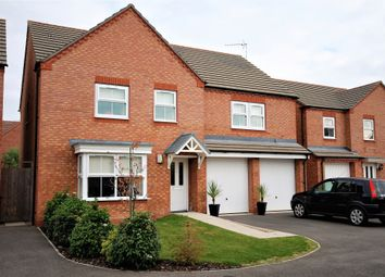 Thumbnail 5 bed detached house for sale in Priors Grove Close, Chase Meadow Square, Warwick