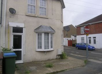 Thumbnail 1 bed flat to rent in Gordon Road, Fareham, Hampshire