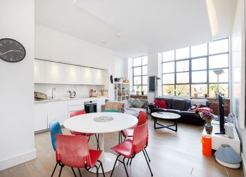 Thumbnail 3 bed flat to rent in Chatham Place, Hackney Central