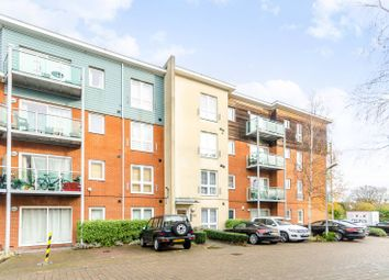 Thumbnail 2 bed flat for sale in Medhurst Drive, Bromley