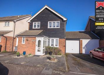 Thumbnail 3 bed detached house for sale in Milton Court, Waltham Abbey