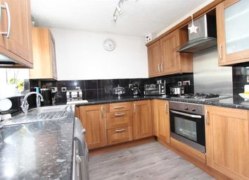 Thumbnail 3 bed property to rent in Groves Close, South Ockendon