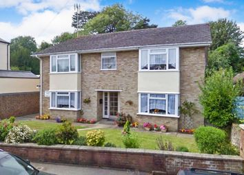 Thumbnail 2 bed flat for sale in Woodsland Road, Hassocks