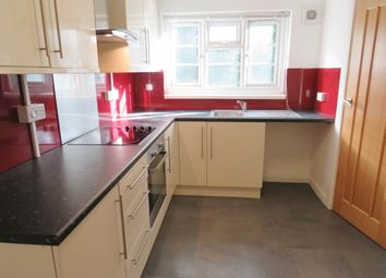 Thumbnail 2 bed flat to rent in Silverdale Road, Shirley, Southampton