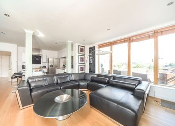 Thumbnail 2 bed flat to rent in Queens Wharf, Queens Road, Reading