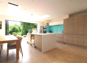 Thumbnail 3 bed property to rent in Cookham Road, Maidenhead