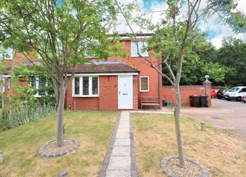 2 bed property for sale in Wryneck Close, Colchester CO4