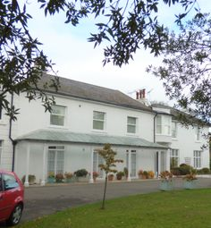 Thumbnail 1 bed flat to rent in Selwyn Court, St Peters Road