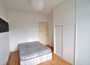 Thumbnail Room to rent in Lawrence Close, Bromley By Bow