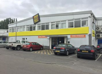 Thumbnail Office to let in Twickenham Trading Estate, Rugby Road, Twickenham