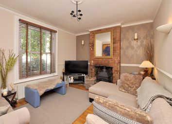 Thumbnail 2 bed cottage to rent in Newbury Road, Bromley