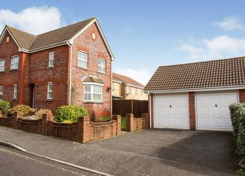 Gardenia Drive, Titchfield, Fareham PO15. 3 bed detached house