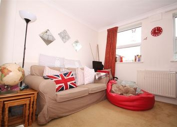 Thumbnail 2 bed flat to rent in Lechmere Road, Willesden Green, London