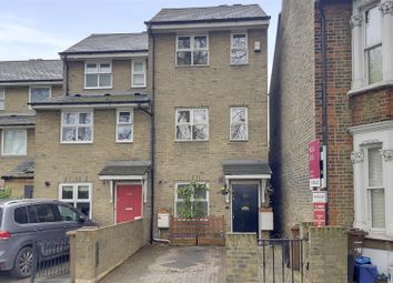 Thumbnail 3 bedroom property for sale in Lea Bridge Road, London