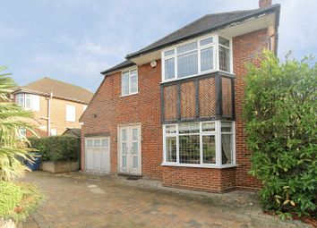 Thumbnail 4 bedroom detached house to rent in Blackwell Gardens, Edgware