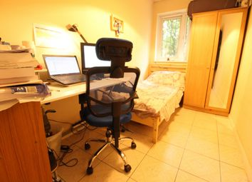 Thumbnail Room to rent in Highbury New Park, Islington