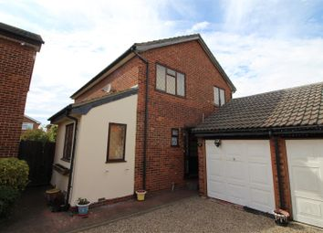 Thumbnail 4 bed detached house to rent in Maurice Road, Canvey Island