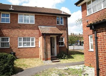 Thumbnail 1 bed maisonette to rent in Peak Road, Guildford
