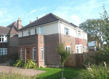 2 bed flat to rent in Bulkington Avenue, Broadwater, Worthing BN14