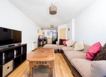 Thumbnail 1 bed flat to rent in Queenstown Road, Battersea