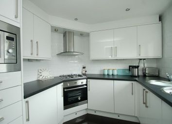 Thumbnail 1 bed flat for sale in North Vennel, Lanark